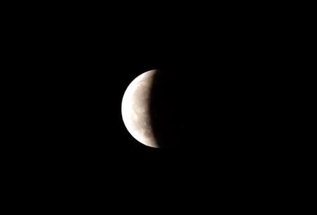 月食が進んできました。