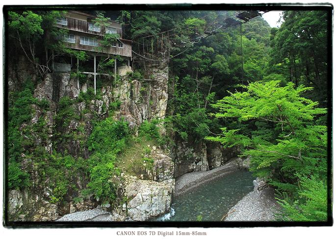 瀞ホテル別館の廃墟1408KiPeninsula22.jpg