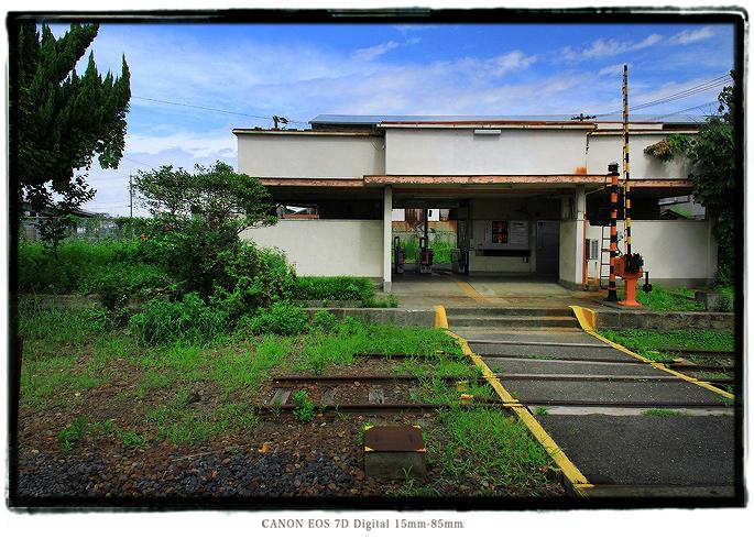 秘境駅木津川駅ホーム1408kizugawast05.jpg