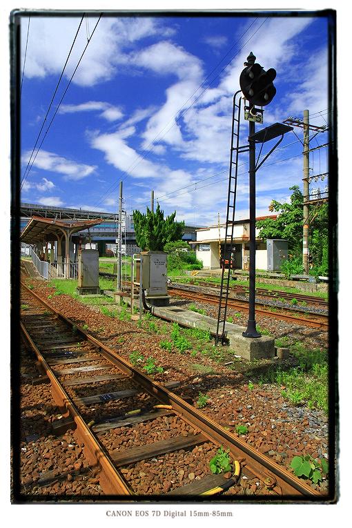 秘境駅木津川駅線路1408kizugawast13.jpg