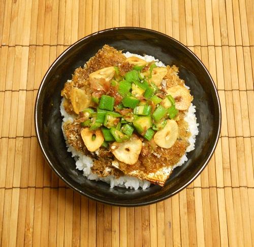 オヤジ風サンマ丼10