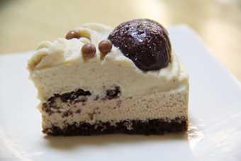 cake14a.jpg