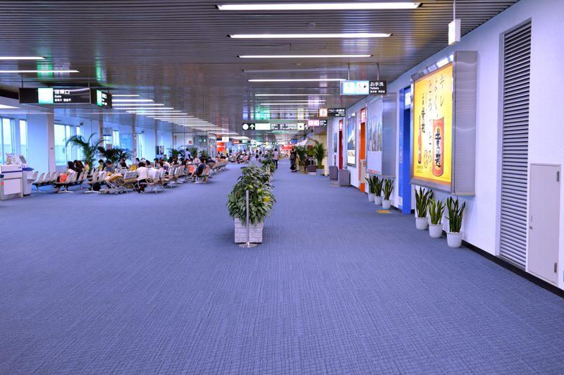 鹿児島 鹿児島空港出発ロビーで出発まで写真を撮りとり