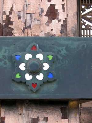 東本願寺門柱釘隠し1406
