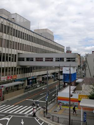 枚方市駅前空中通路1408