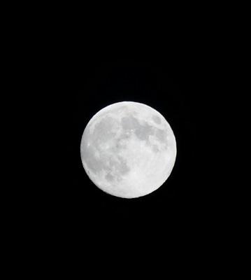 sp-moon1409-002b.jpg