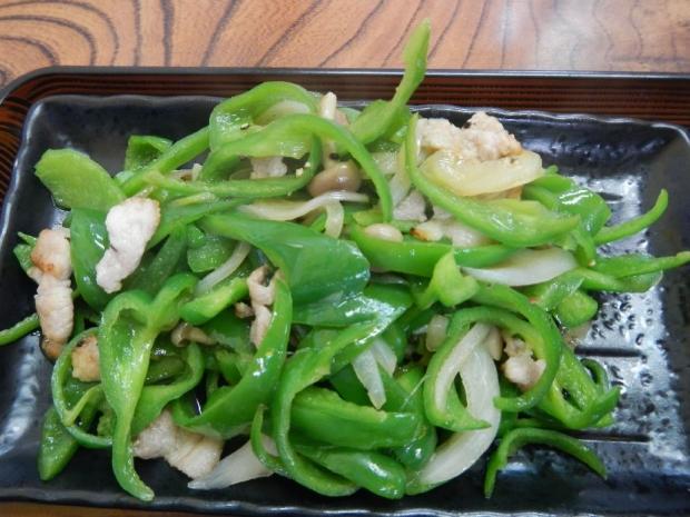 ピーマン炒め定食@赤城屋 (2)