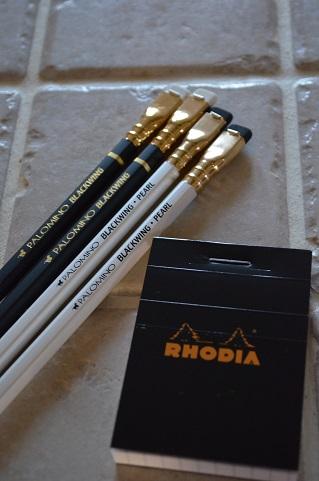 鉛筆とRHODIA