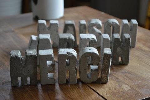 コンクリートアルファベット
