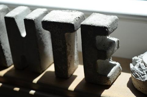 コンクリート文字