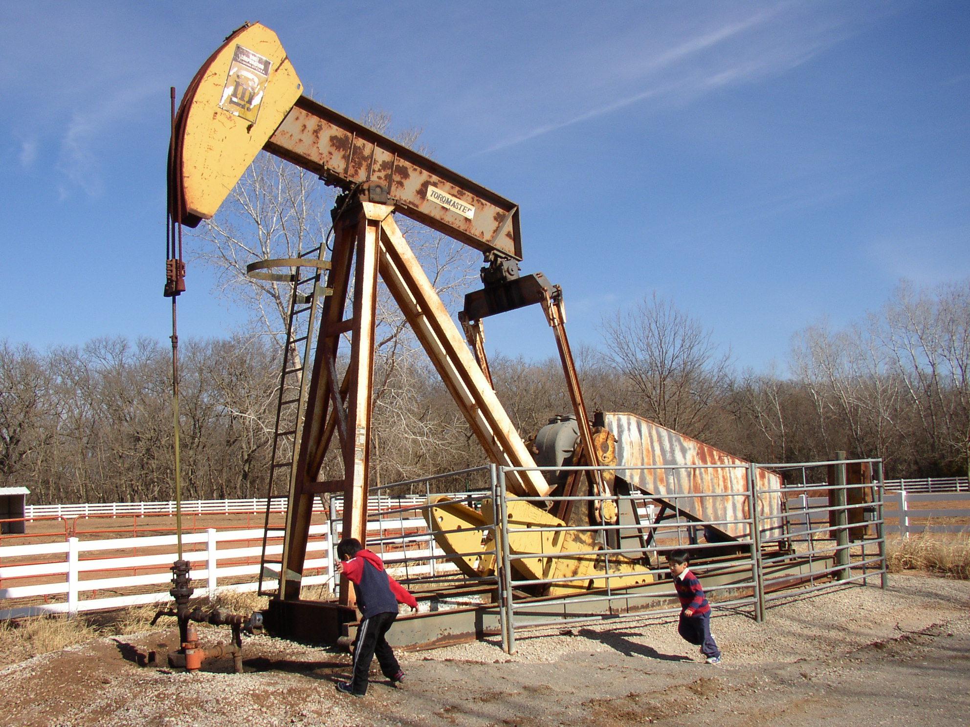 石油ポンプ1