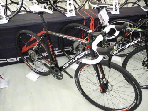 qbei_cc-cntur-cyclocross3000_1.jpg