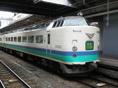 クロハ481-1023(新ニイ)(2011年6月14日・新潟駅)