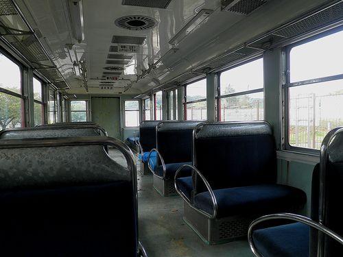 京急電鉄旧・600系「デハ601」車内(2014年10月9日・逗子市立第一運動公園)