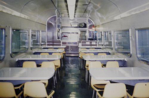 オシ24形(熊クマ)車内(1999年1月24日・東京駅)