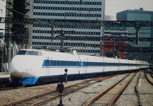 東海道・山陽新幹線100系V編成(JR西日本所属)(2004年7月・東京駅)