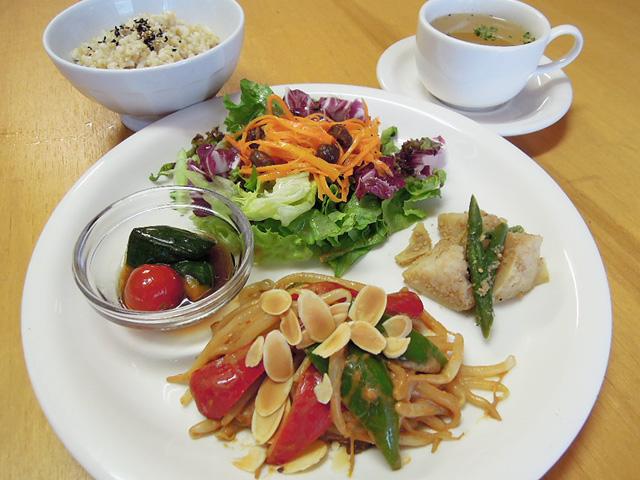 lunch_1406.jpg