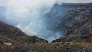 20140821_阿蘇中岳火口