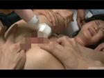 裏蕩劇場 : 【無修正】大勢の男達の肉棒に喘ぐ人妻!