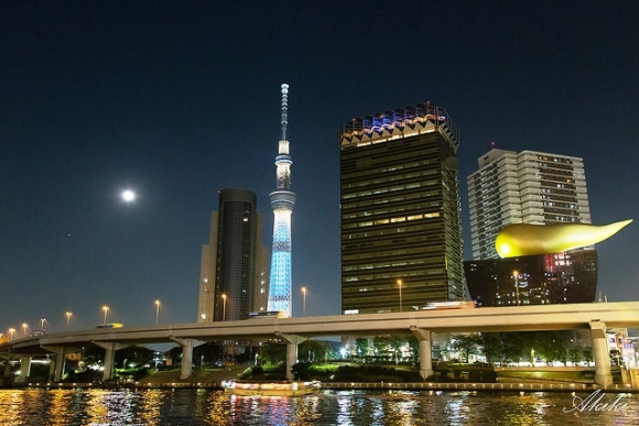 浅草からの東京スカイツリー夜景