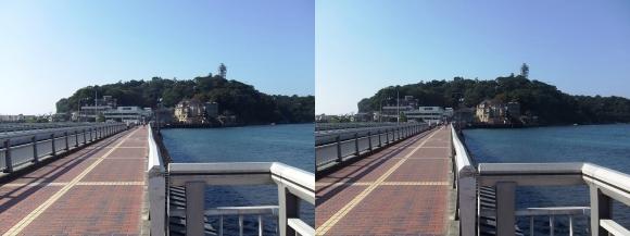 江の島弁天橋①(交差法)