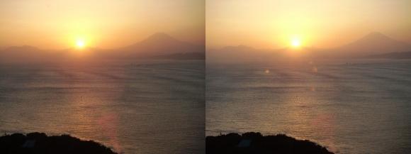 江の島 富士山落陽①(平行法)