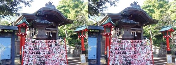 江島神社 奥津宮(交差法)