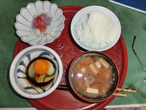 今日の朝食1