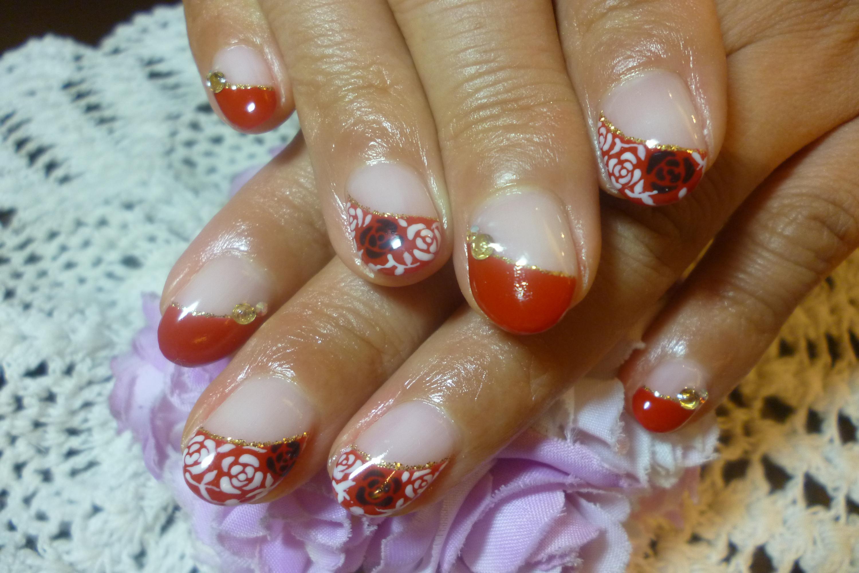 2014ネイルデザイン 赤フレンチネイル 白×黒ジャガード風バラアートネイル