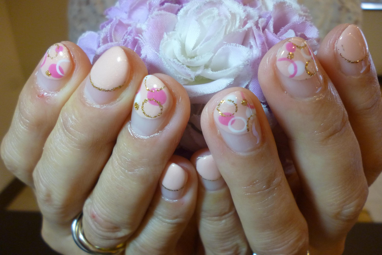 2014ネイルデザイン ピンク丸フレンチネイル マルチドットアートネイル