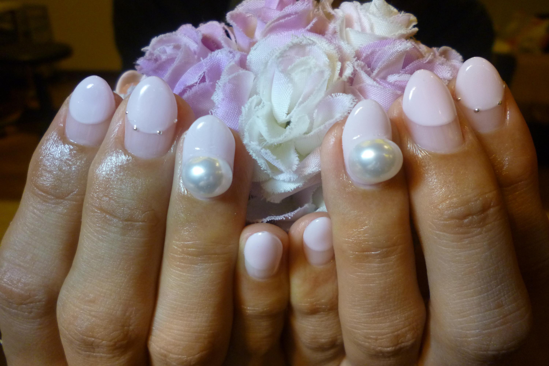 2014ネイルデザイン ローラピンクの丸フレンチネイル デカパールアートネイル