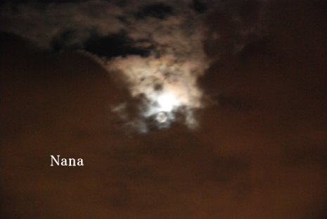 moon1-2.jpg
