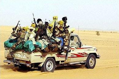 Chadian_soldiers_in_Toyota_pickup_truck.jpg