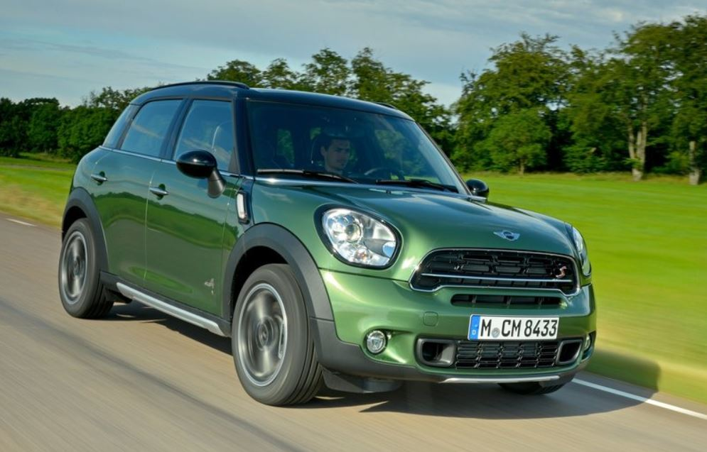 MINI COUNTRYMAN CROSSOVER 2015 01
