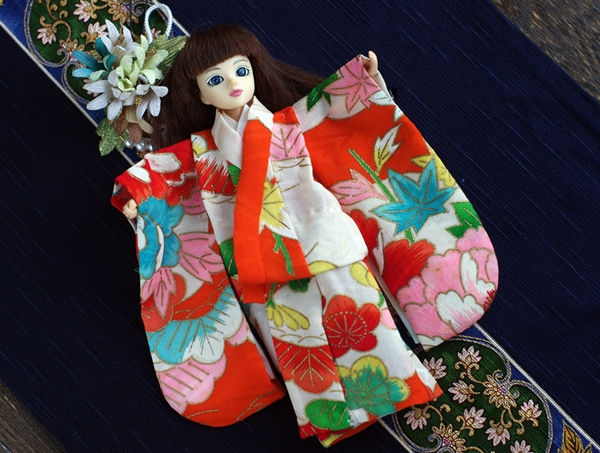 mari_kimono3.jpg