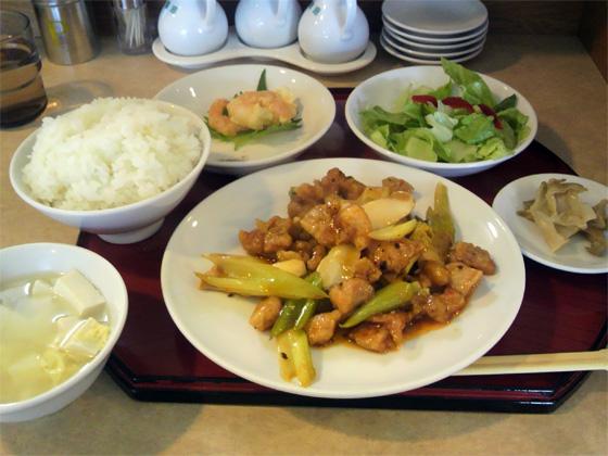 鶏肉と中国野菜の炒め物