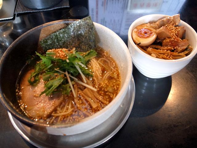 鶏柳辛麺・三彩飯