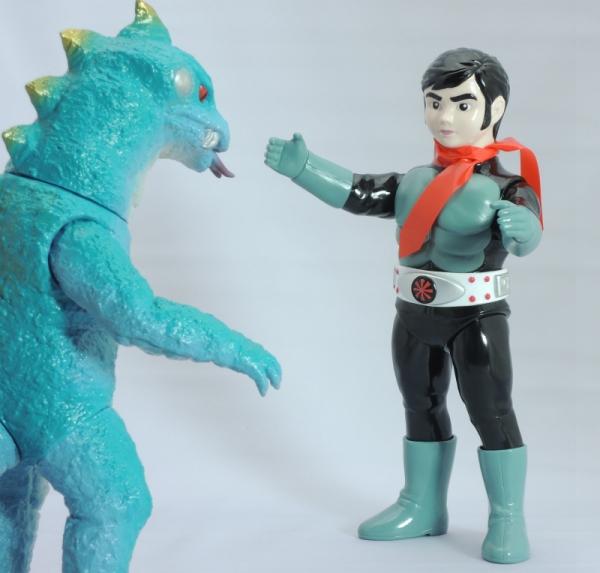 仮面ライダー対トカゲロン
