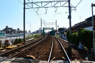 踏切から矢田橋梁を見る