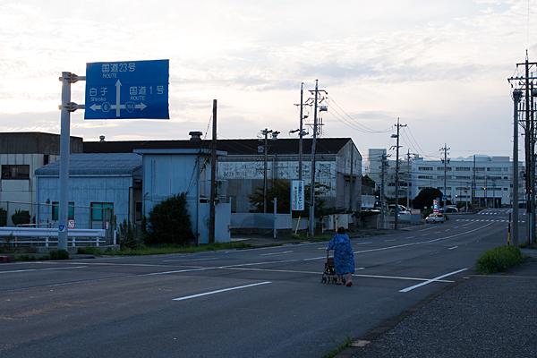 四日市駅2-1