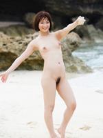 【No.17031】 砂浜ヌード / 神谷まゆ