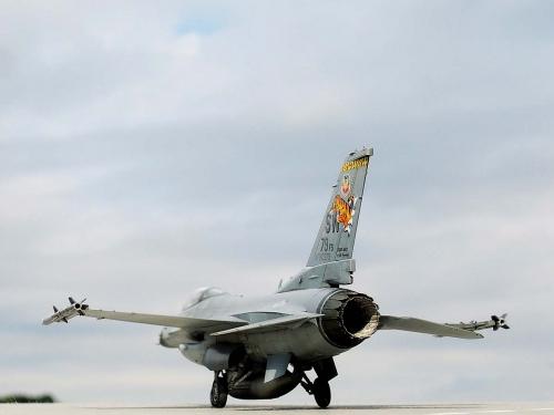 F-16C_02.jpg