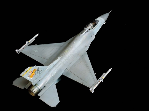 F-16C_05.jpg