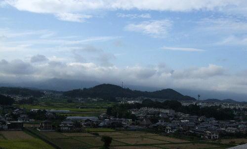 9月の曇り日