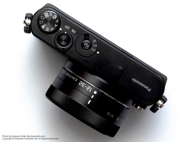 Panasonic LUMIX GM (DMC-GM1K) 上から