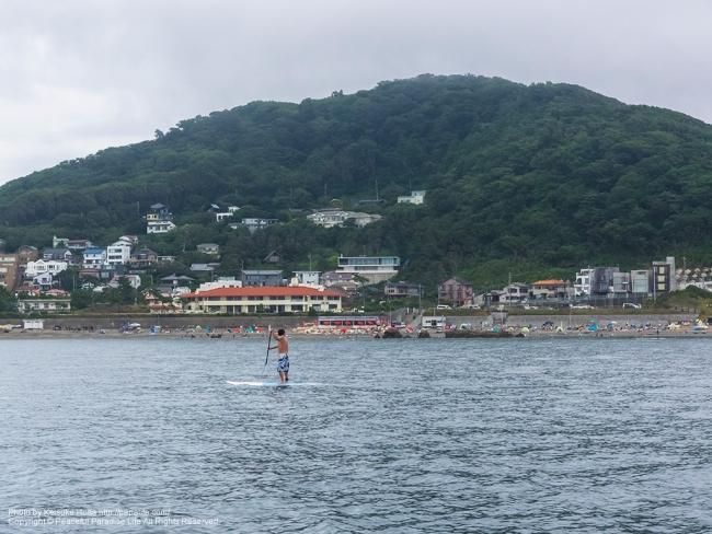 葉山の海水浴場が見える、長者ヶ崎海水浴場