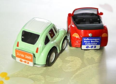 インコより小さいミニカー1