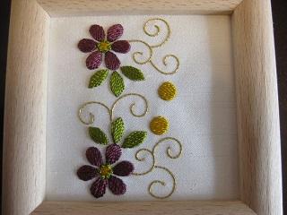 日本刺繍「小花唐草」