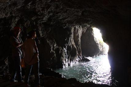 2014奥能登聖域の岬洞窟