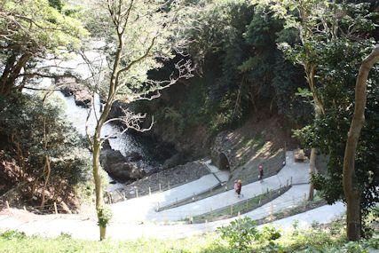 2014奥能登聖域の岬洞窟道